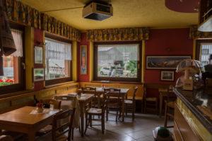 bar-tavoli-interni